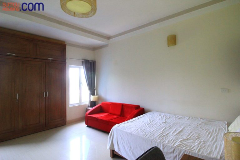 Cheap studio apartment for rent in Au Co street, Tay Ho